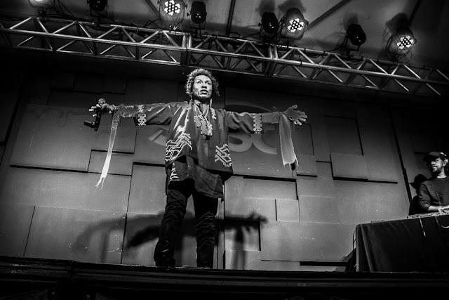 """A saga se encerra, Yannick Hara o Afro Samurai do rap nacional, é o """"não que virou sim""""em """"Ressurreição""""."""