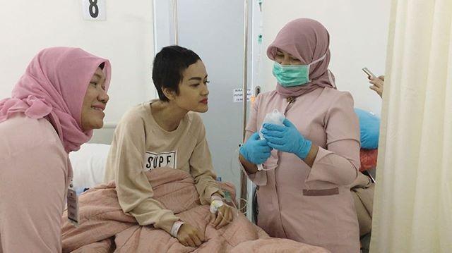 Miris, Kondisi Jupe Sebelum Jalani Kemoterapi, Doa Mengalir dari Netizen . . .