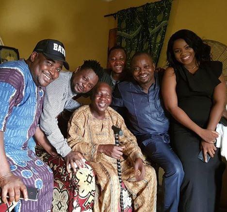 Sanyeri, Kunle Afod, Others Visits Ailing Actor Baba Suwe At Home