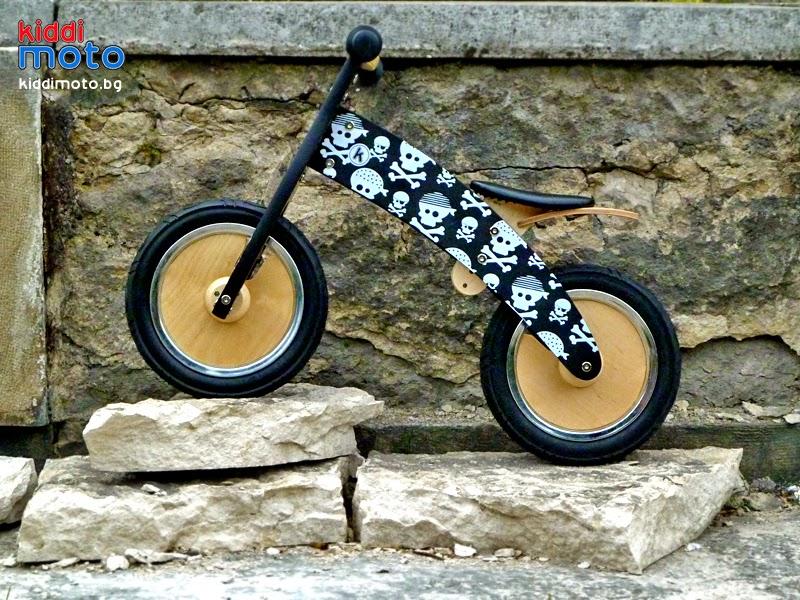 491e0a9488d Детско колело без педали Kiddimoto Kurve Пиратски черепи