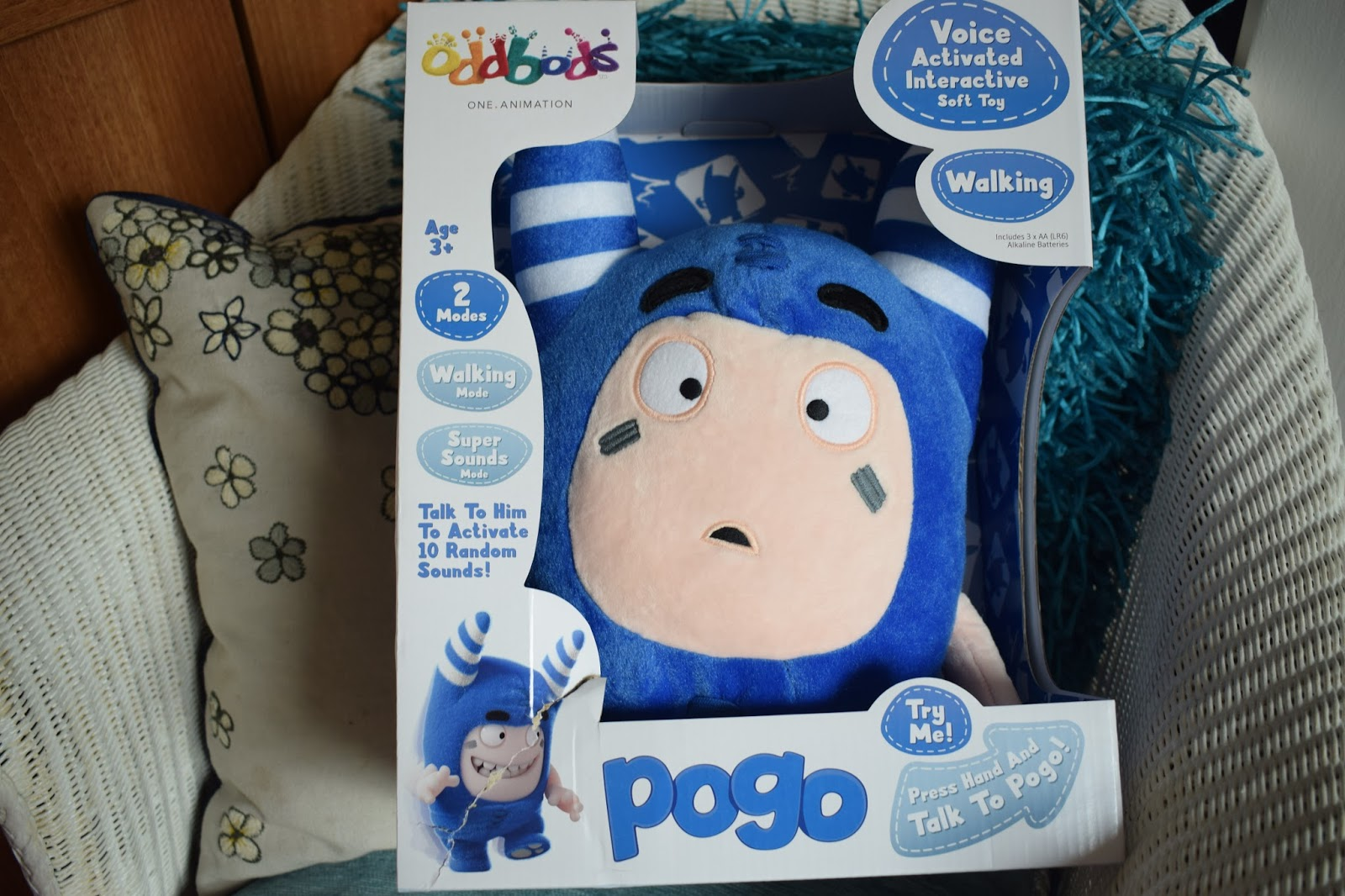 Voice activated Walking Pogo - Oddbods - Golden Bear Toys