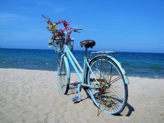 picture prop nha trang beach vietnam