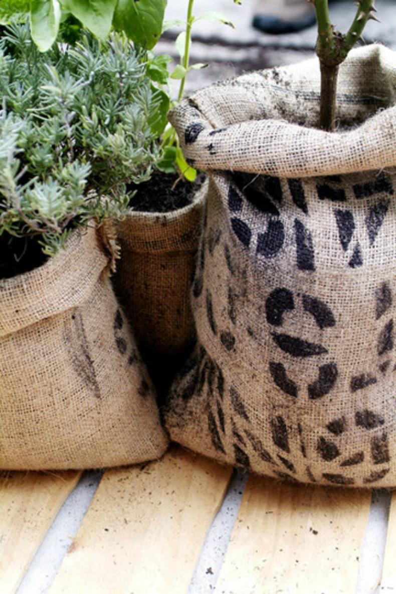 Coastal coffee sack DIY planter