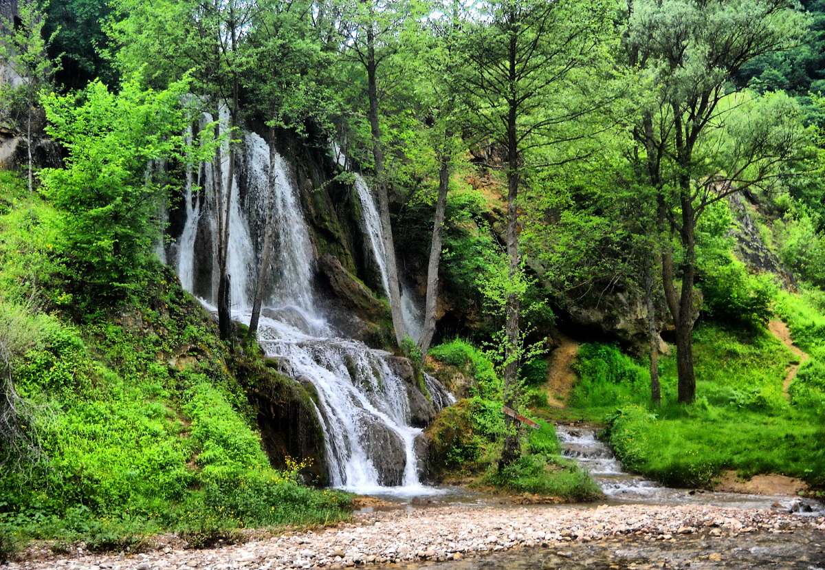 anta | Photography: Vodopad Bigar - Biser prirode