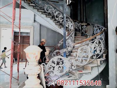 tangga klasik mewah