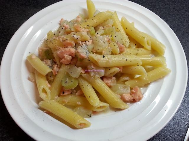 Pasta con finocchi, salmone al miele e gorgonzola - Fennel, honey marinated salmon and gorgonzola pasta