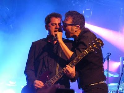 091 (crónica concierto Sala Oasis, Zaragoza, 2-4-2016)  7