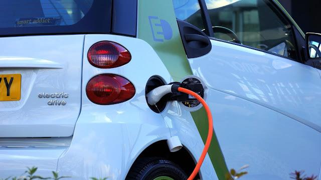 comment fonctionne une voiture électrique
