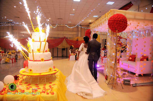 Our Cakes By Mizvuitton Bride Tolu Runsewe Used Yellow And Red As Her Theme One Word To Describe It Heavenly
