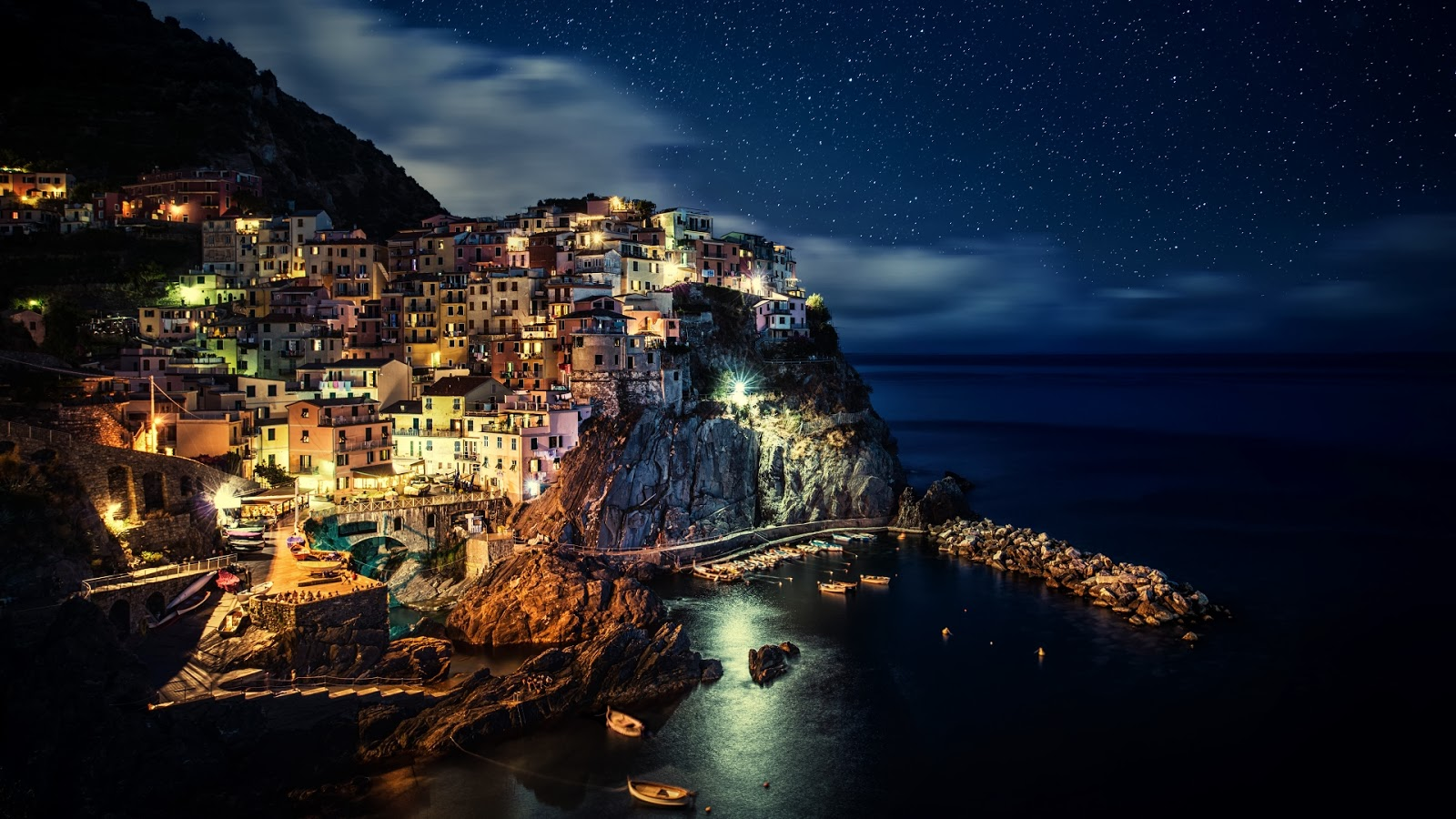 night manarola places earth place sky nature cities wallpapers italy stunning nighttime