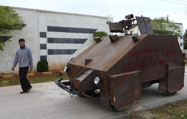 Vehículo blindado improvisado en Siria