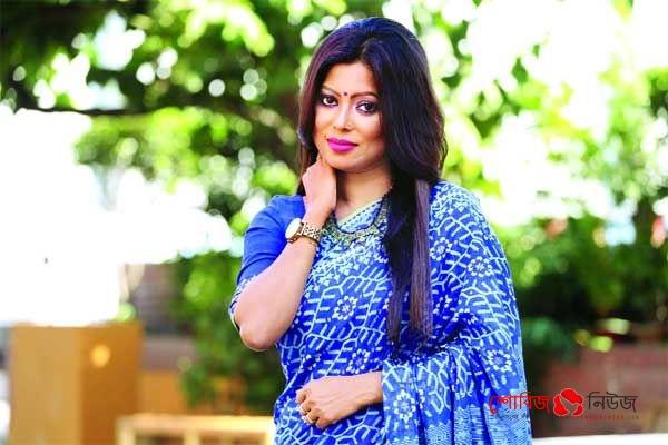 সুরের আলোড়ন ছড়িয়ে পড়েছে : Anima Roy