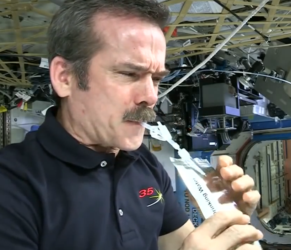 astronauts in space drinking water - photo #9