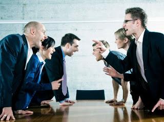 Menangani Konflik di Tempat Kerja