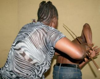 wife beatup husband