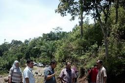 Kembangkan Potensi Wisata Desa Dan Kelancaran Bertransportasi, Pemdes Wayhawang Bangun Jalan Sentra Produksi.