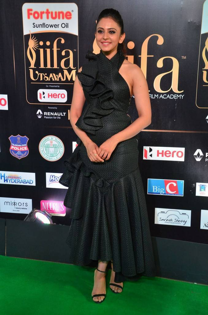 Telugu Actress Rakul Preet Singh At IIFA Awards 2017 In Black Dress