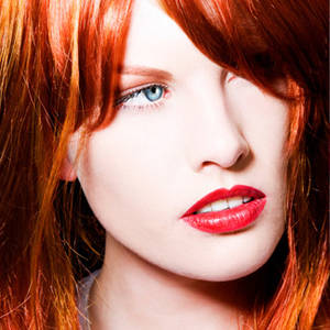 Stileggendo....spunti di vista  Le donne dai capelli rossi 316b978050bb