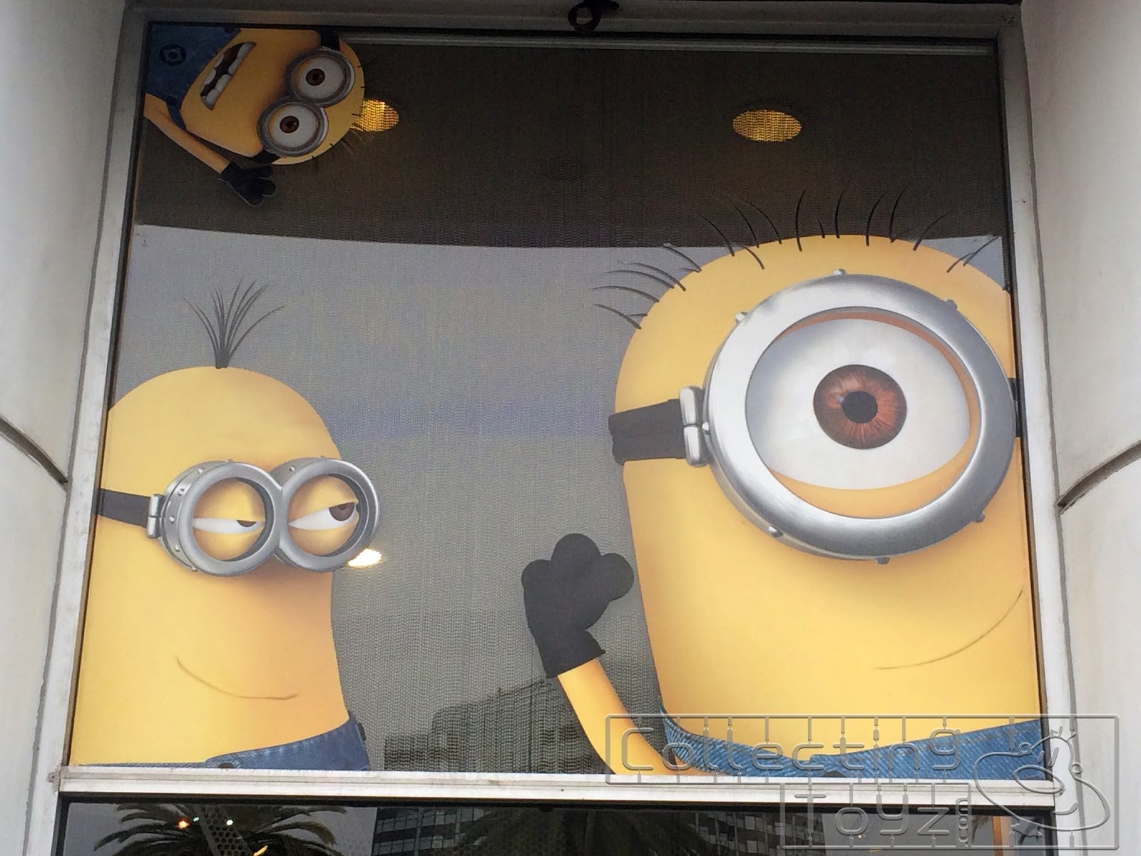 The Despicable Me Minion Mayhem Ride Super Silly Fun Land Just Had Their Grand Opening Week Before Wondercon And