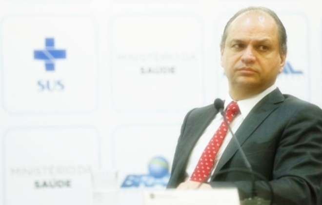 Ministro da Saúde reforça prazo para municípios adotarem o prontuário eletrônico
