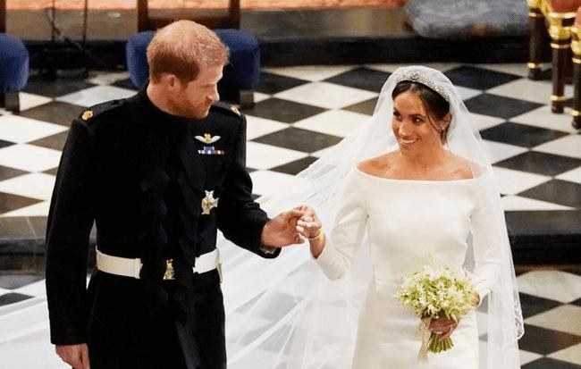 [Photo Story] Hành trình 2 năm yêu nhau của Hoàng tử Harry và Nàng lọ lem Meghan