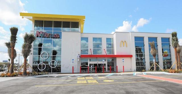 O maior e mais divertido McDonald's do mundo