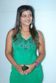 kalaignar tv anchor aishwarya 51.jpg