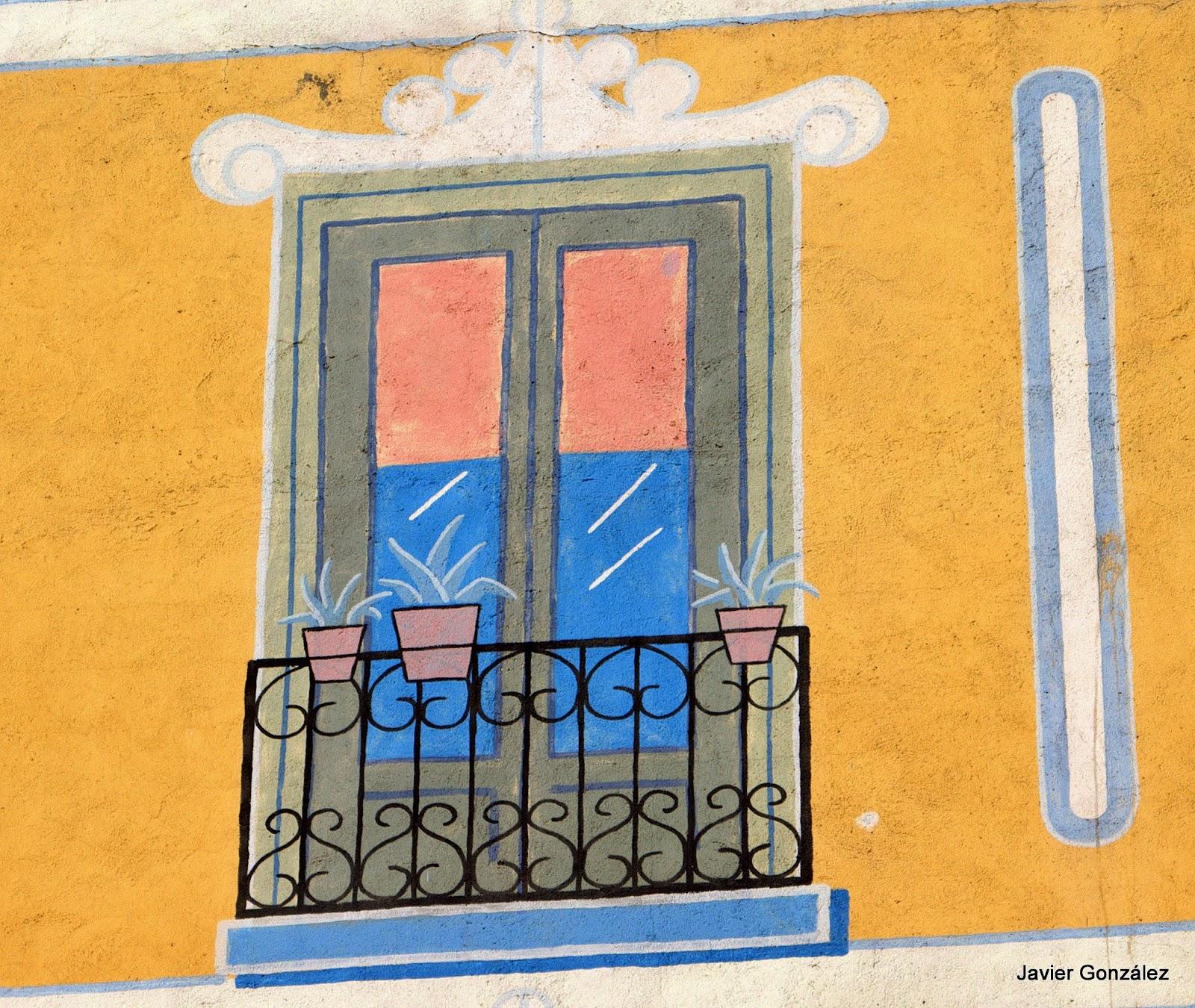 Trampantojo. Mural. Calle Hortaleza. Casa simulada.