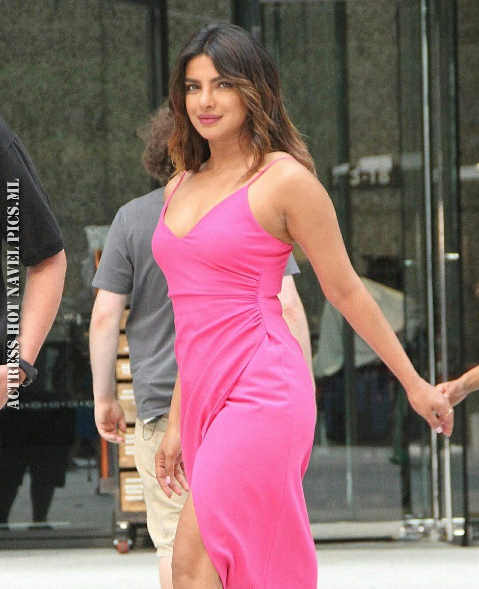 Priyanka Chopra Hot And Sexy Photos