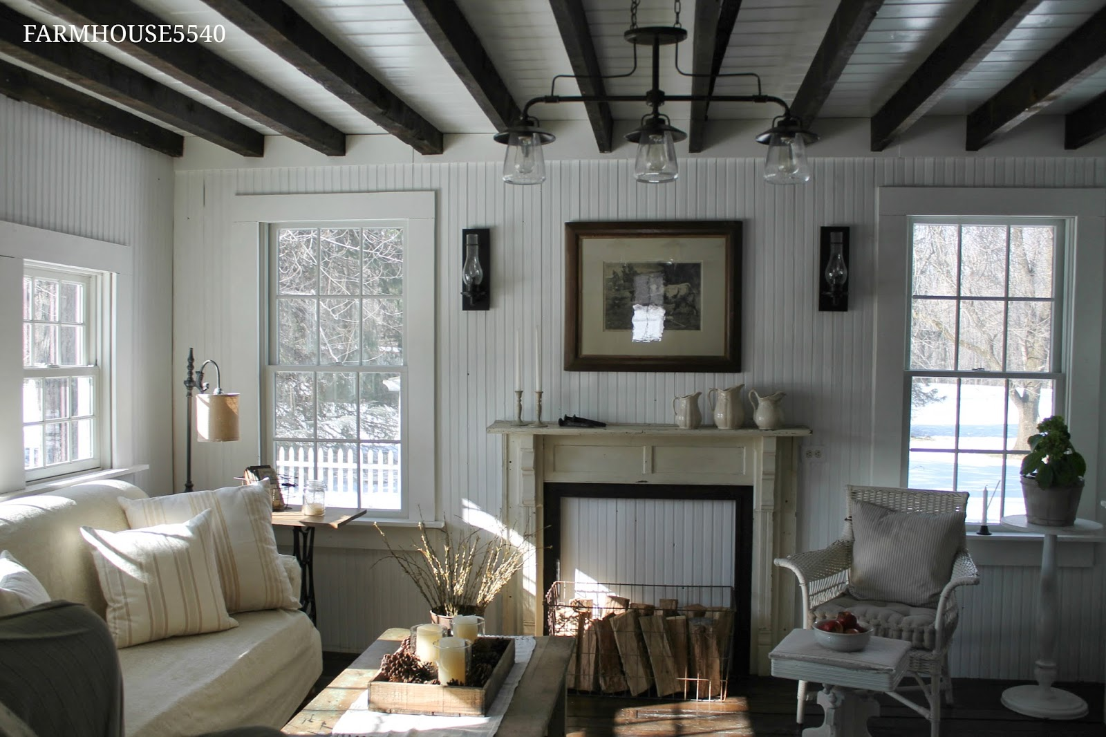 FARMHOUSE 5540: Family Room Part Two