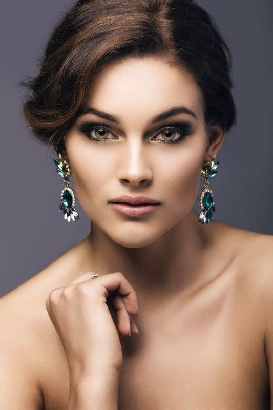 Rolene Strauss South African Beauty Queen Crowned Miss -9606