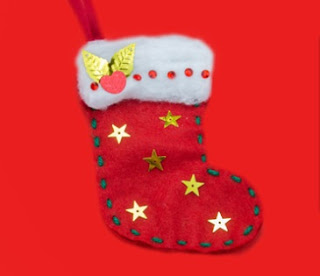Felt stocking craft from Twinkl