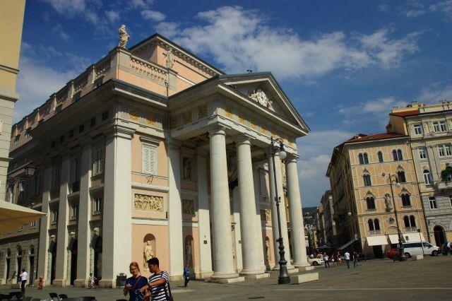Palacio de la Bolsa de Trieste