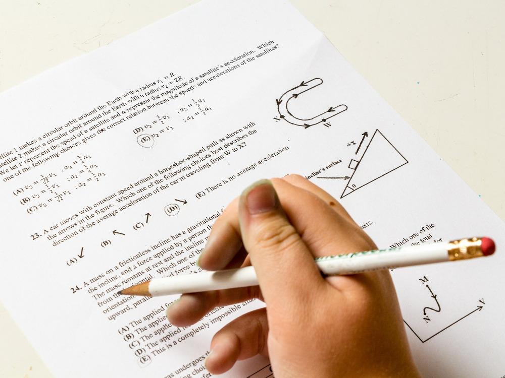 Suka atau Tidak, Nilai Sekolah Kurang Berpengaruh pada Kesuksesan Seseorang