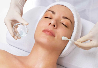 What Are Facial Peelings?
