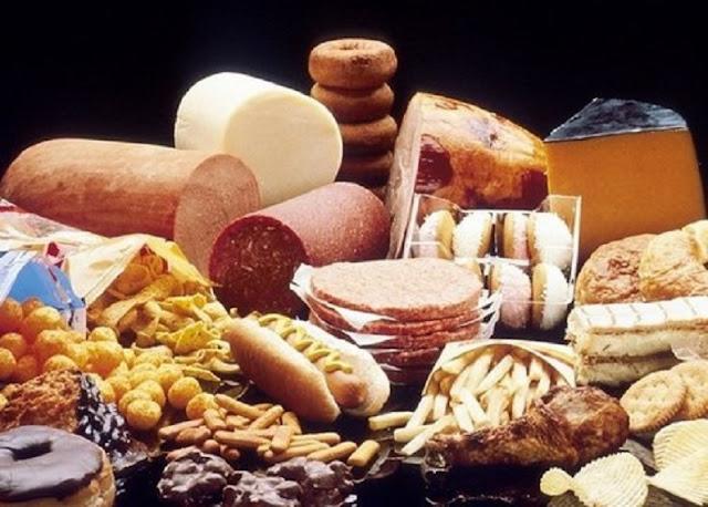 8 Bahaya Makanan Berlemak bagi Kesehatan Tubuh