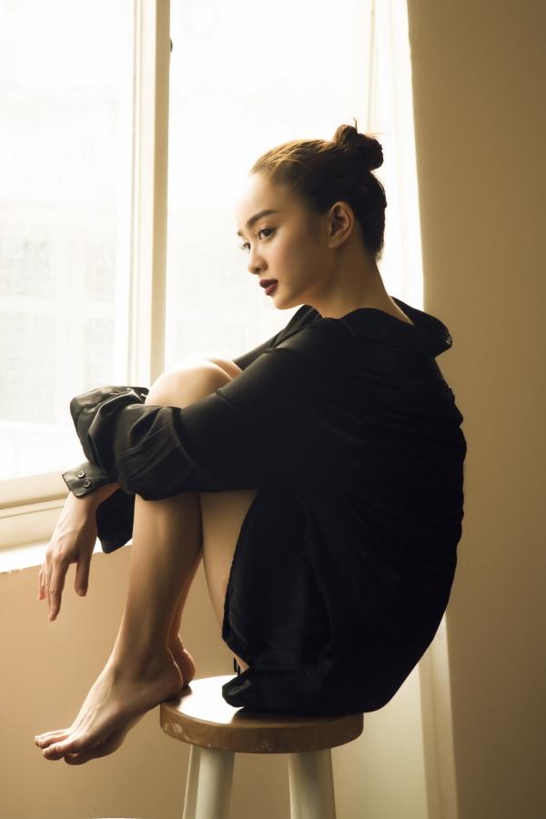 Không còn 'nhí nhảnh' như thời 'Em chưa 18', Kaity Nguyễn tuổi 19 'lột xác' đầy trưởng thành - Ảnh 9