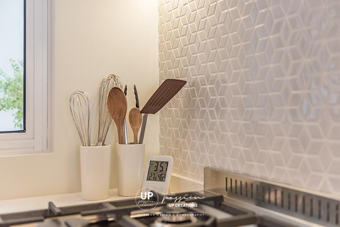 Mont Kiara Pines condo kitchen backsplash with light grey color hexagon tiles match with marble look quartz top