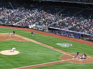 First pitch, Braves vs. Metropolitans