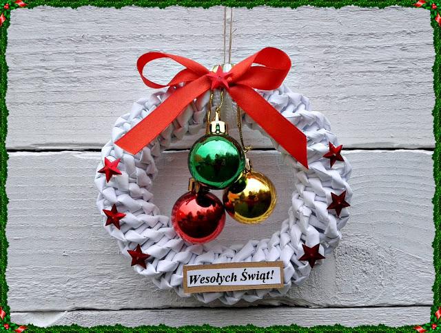 papierowa wiklina, Boże Narodzenie, wianek świąteczny, wianek z papieru, rękodzieło, robótki, blog