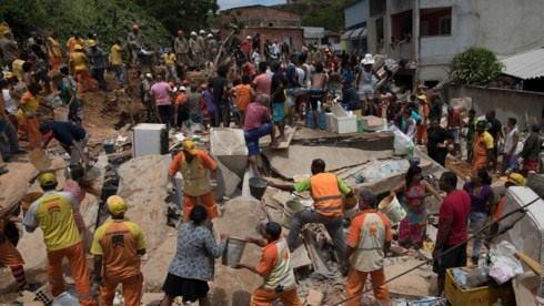 Lở đất nghiêm trọng ở Brazil làm 10 người thiệt mạng