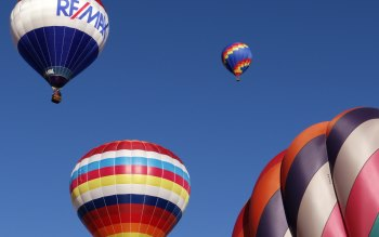 Wallpaper: Hot Air Balloons