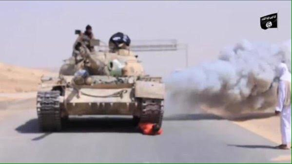 ISIS Execute Man by Running over Him with a Tank - Jihad Watch Europe