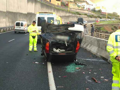 Aparatoso accidente tráfico  GC-2 Las Palmas de Gran Canaria 2 febrero 2017