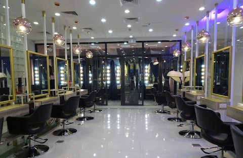 Headtown Salon and Spa: An Urban Beauty Retreat in Makati