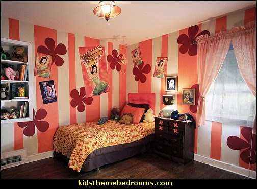Groovy Funky Retro Bedroom Pictures - 60s style theme decorating -  70s theme decorating - Funky Flower Power Bedrooms - 70's Theme Decor - 70s theme bedroom decorating - Psychedelic  Tie Dye Hippie Hippy style flower power era
