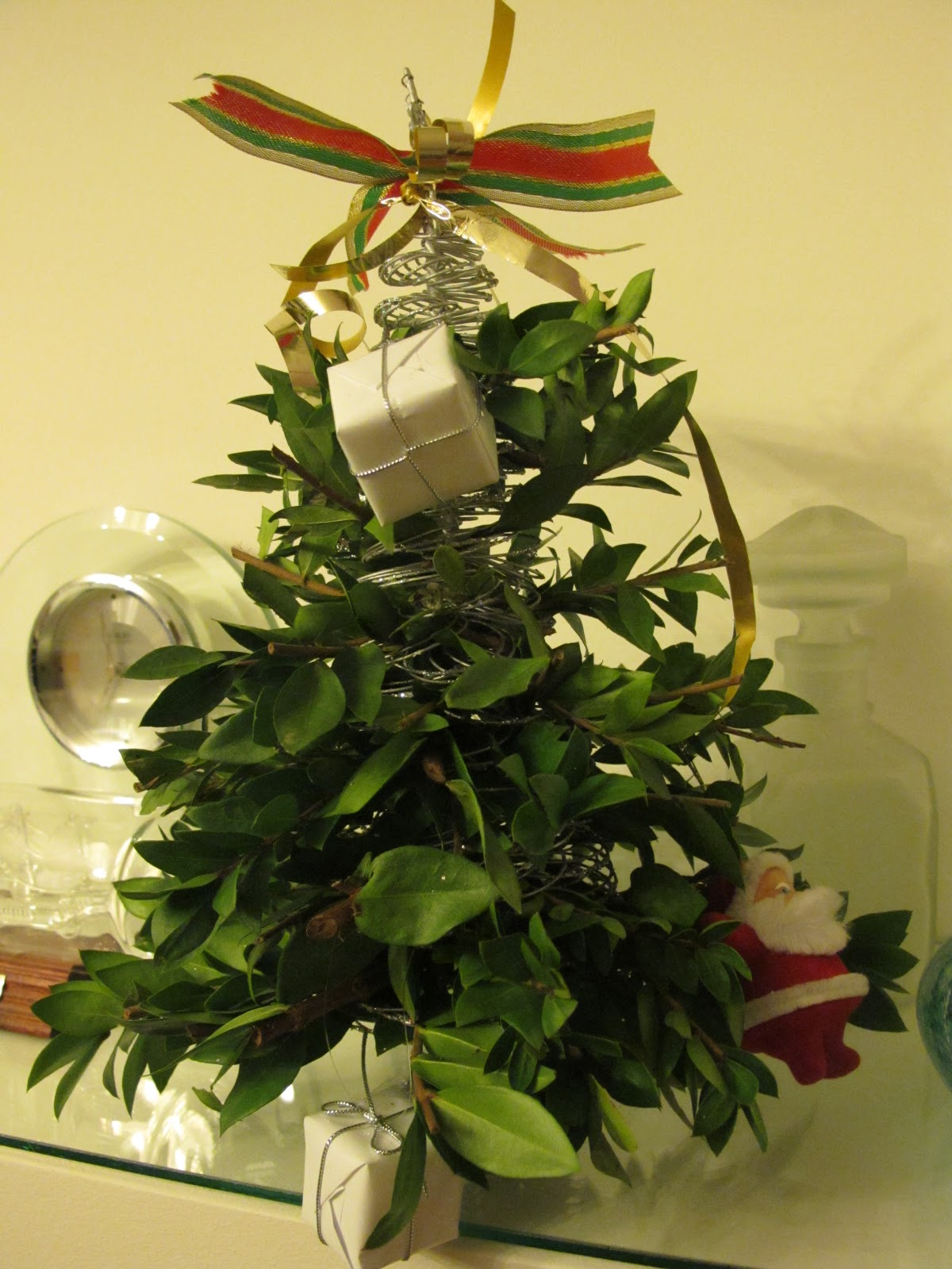 Peçete sarmaşığı: gerçek bir Noel ağacı yapabilirsiniz