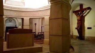 Cripta del Monumento a los Caídos de Navarra