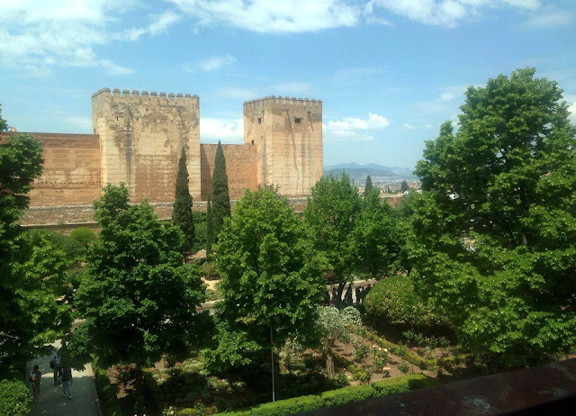 Warsztaty fotografi komórkowej w muzeum na Alhambrze