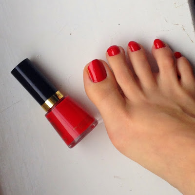revlon-red-680-nail-polish